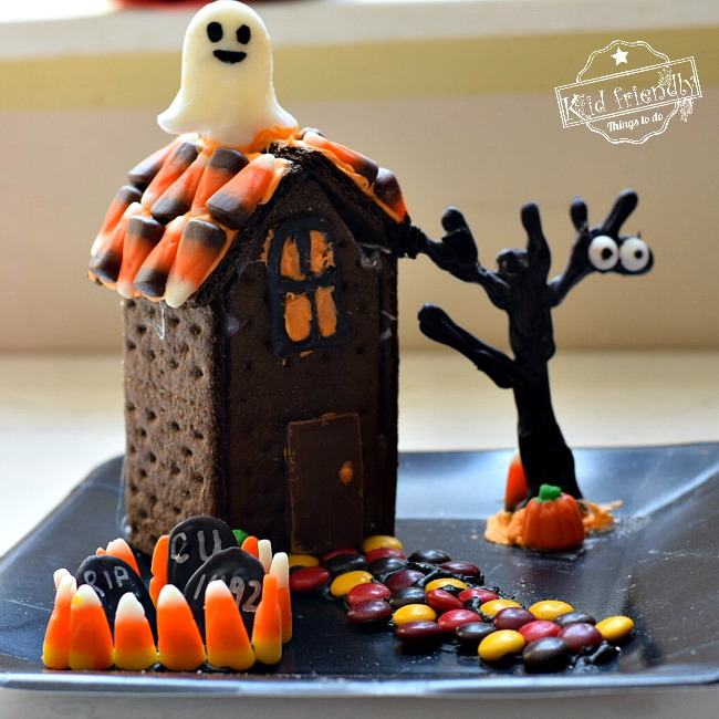 Graham Cracker Haunted House Idea
