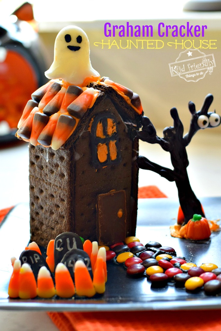 Graham Cracker Haunted Houses for Halloween