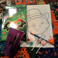 https://kidfriendlythingstodo.com/2012/09/make-halloween-gift-bags-a-kid-friendly-thing-to-do-craft/