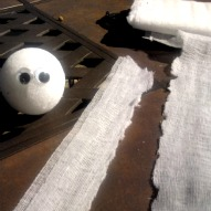 Halloween craft, Mummy Halloween craft, Halloween craft with kids, Halloween party idea, A fun thing to do with kids, A fun thing to do with kids in Connecticut, A fun thing to do with kids in Massachusetts,