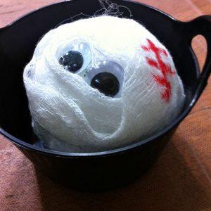 A Mummy Head Craft For Halloween - KidFriendlyThingsToDo.com