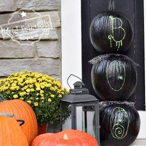 outdoor pumpkin display