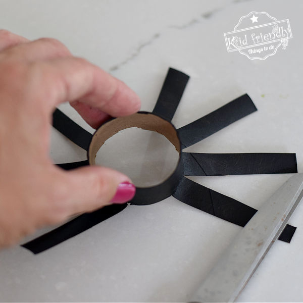how to make a toilet paper tube spider