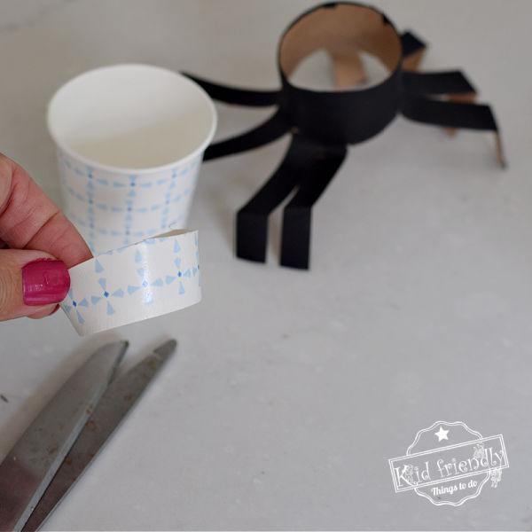 spider craft and treat holder