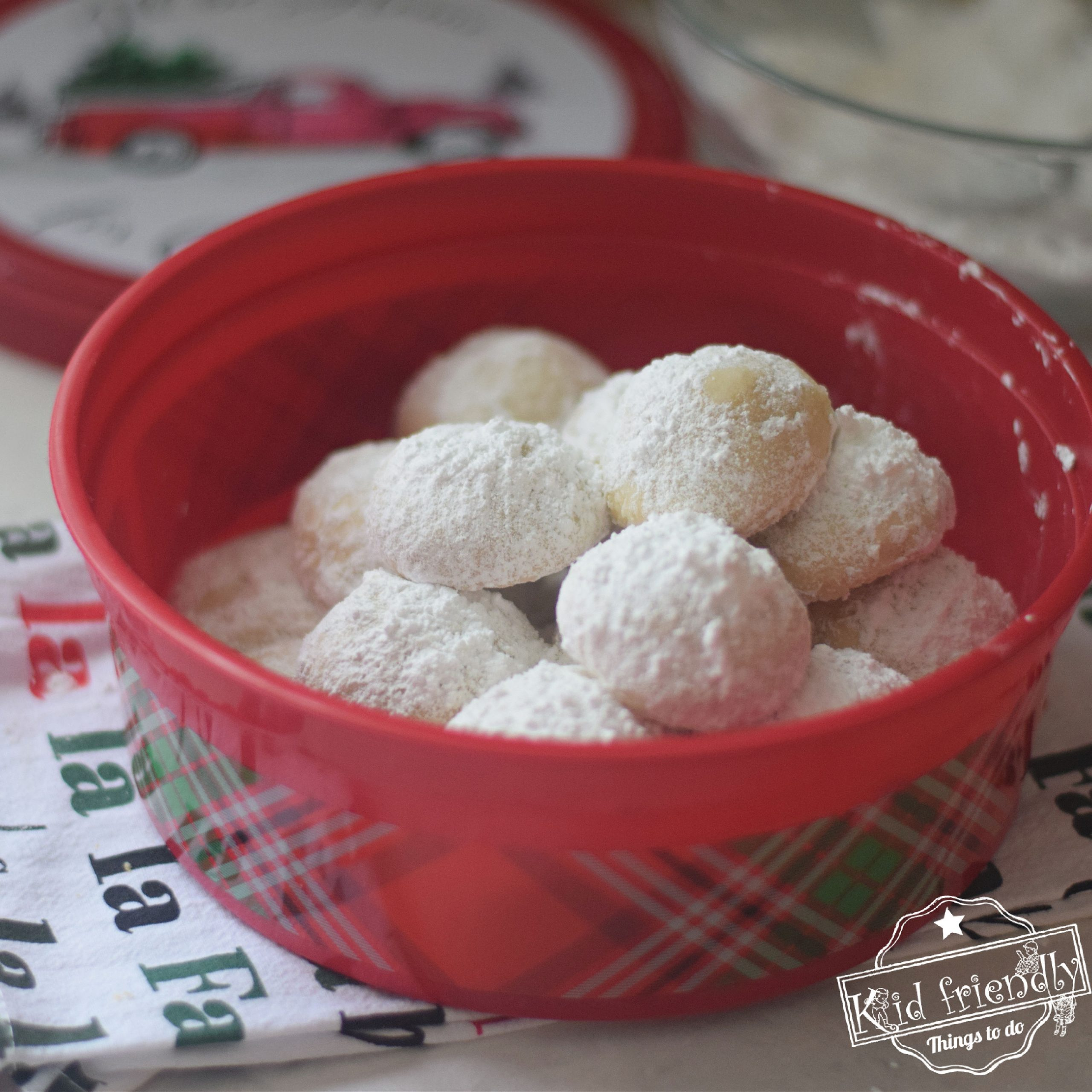 Buttery Snow Ball Cookies {without Nuts} | Kid Friendly Things To Do