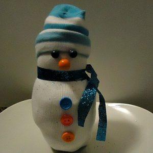 make a snowman made of socks