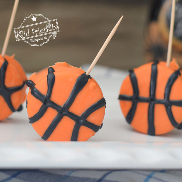 Chocolate Covered Oreo Basketball Party Treat Idea| Kid Friendly Things To Do