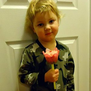 Making A Flower Cupcake Lollipop Bouquet! Cupcakes That Are Lollipops Too! So Cool!