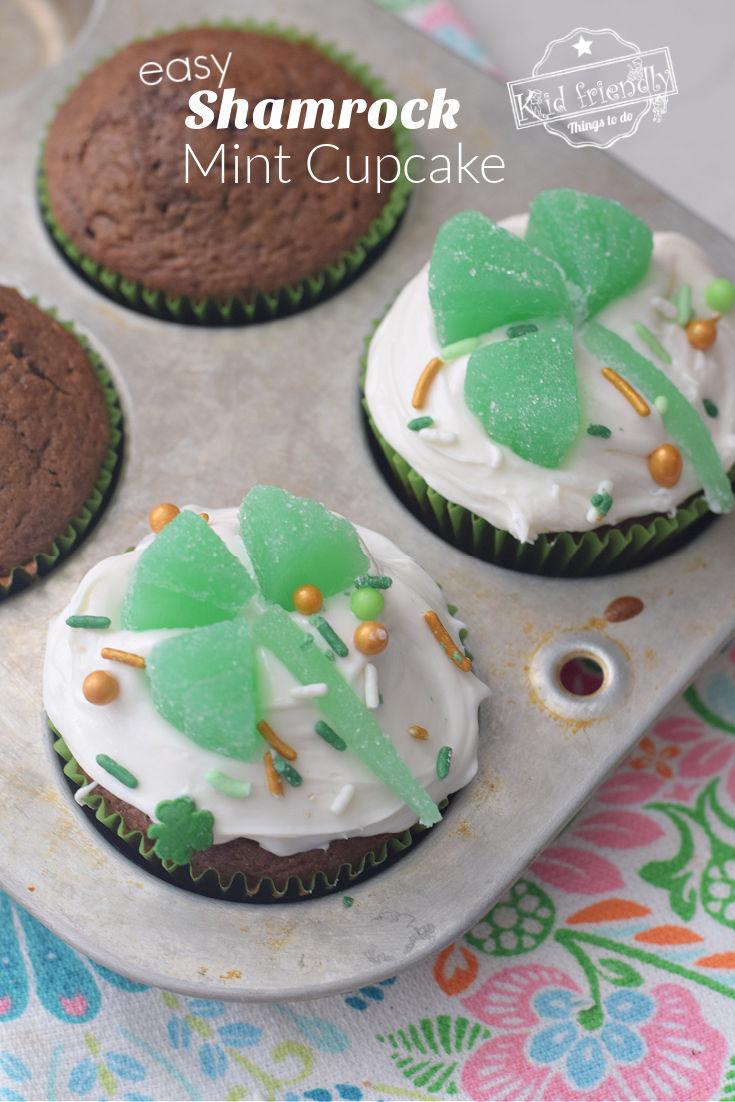 Shamrock Cupcake topper idea