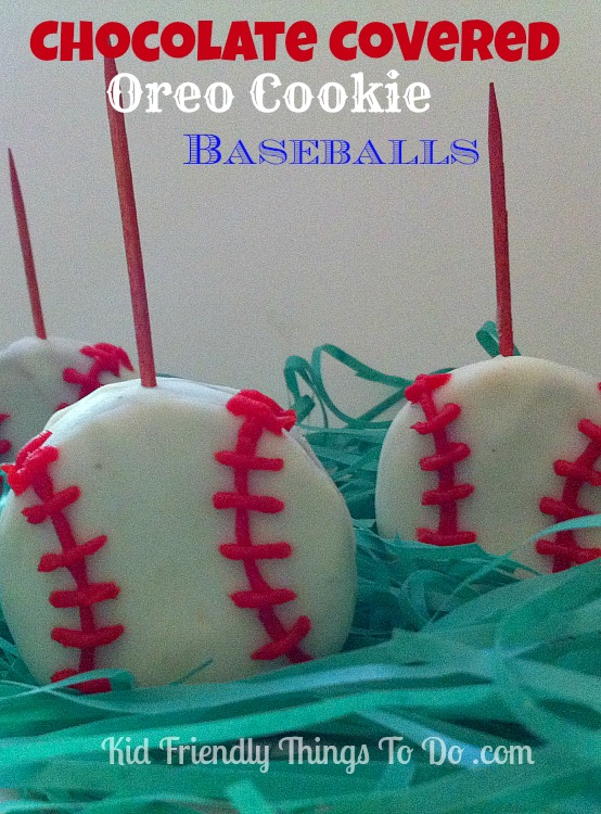 This is such a fun Patriotic dessert. Perfect for baseball games, summer picnics, and Fourth of July!