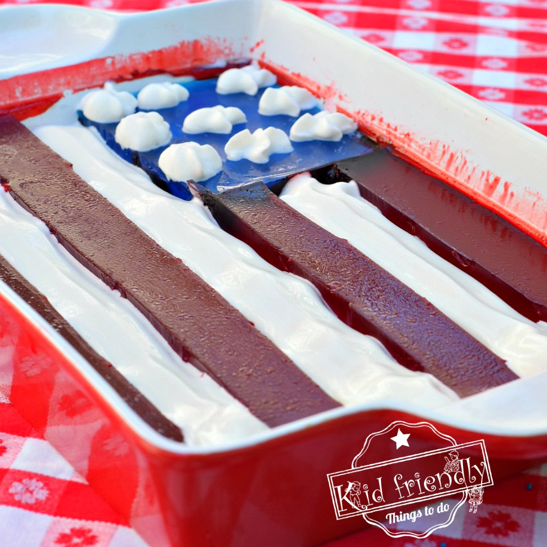 An American Flag Jell-O Dessert | Kid Friendly Things To Do