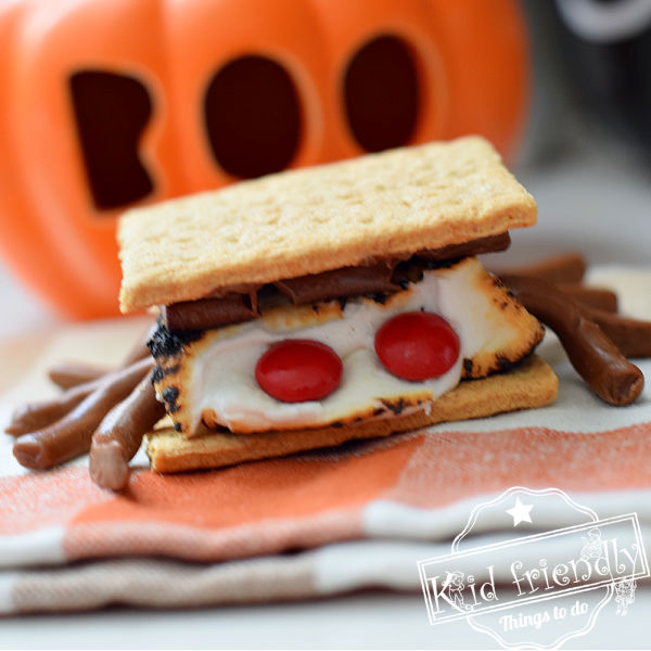 A Spooky Spider S'mores Idea {for Halloween} | Kid Friendly Things To Do