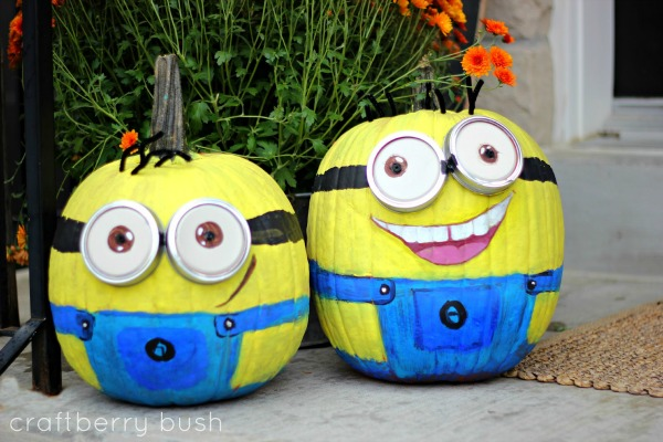 Halloween crafts, recipes, and party ideas