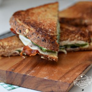 jalapeno, bacon and cream cheese grilled cheese sandwich