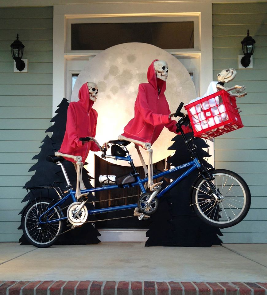 Skeleton Porch Display