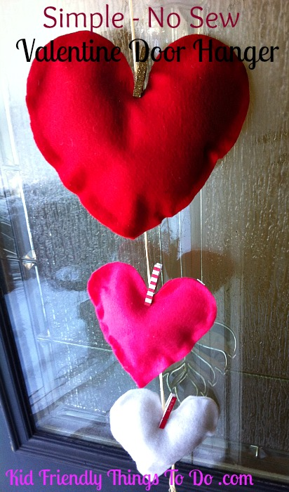 "Simple ""Felt & Clothespin"" Heart Door Hanger"