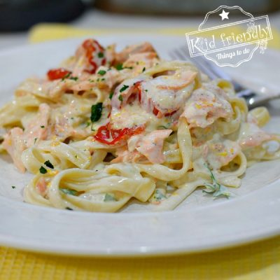 How to Make Creamy Salmon Pasta