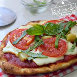 {The Best} Homemade Margherita Pizza Recipe on Naan Bread | Kid Friendly Things To Do