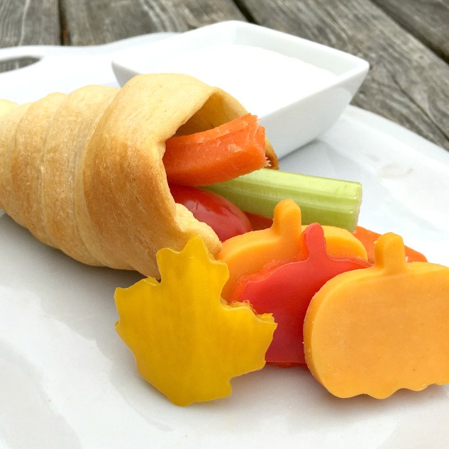 Crescent Roll Cornucopias With Vegetables and Dip – A Thanksgiving Fun Food