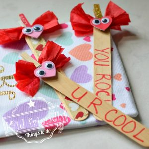 Love Bug Valentine Bookmark Craft for Kids | Kid Friendly Things To Do