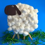 Easy Paper Plate Lamb Craft for Kids - KidFriendlyThingsToDo.com