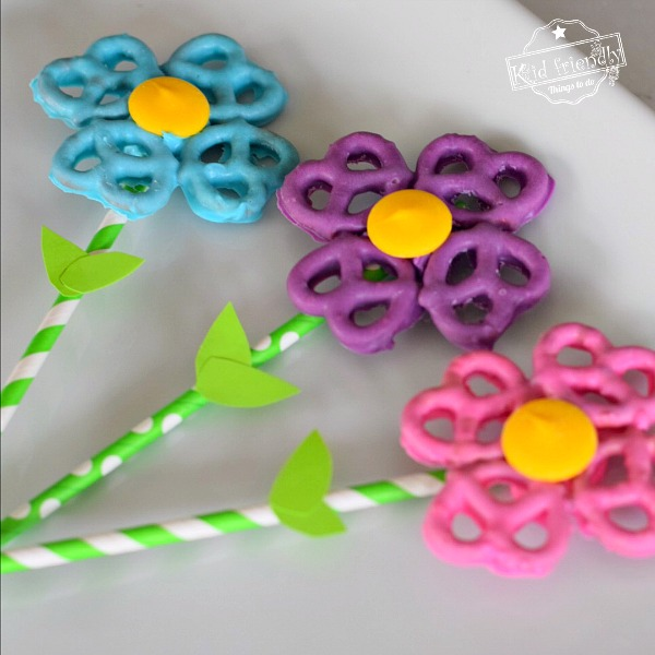 flower shaped chocolate covered pretzels