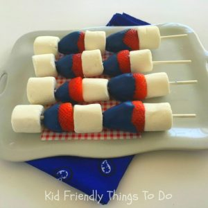 Patriotic Chocolate Covered Strawberry Kabobs - Perfect for Captain America, Fourth of July or Memorial Day picnics - KidFriendlyThingsToDo.com