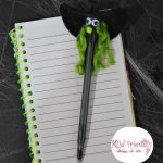 Make A Wicked Witch Pen or Pencil for a Kid Friendly Halloween Party Craft! - Easy to make & a perfect gift or activity to do - www.kidfriendlythingstodo.com