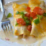 the best chicken enchiladas with sour cream sauce