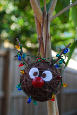 Over 30 Easy to make ornaments for kids Christmas parties at school or just for fun!