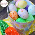 Use Rice to Color Easter Eggs