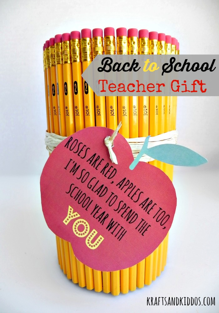 """Over 21 DIY Back To School Teacher Gift, Organizing and Homework Ideas - It's all about getting ready for """"Back To School""""! www.kidfriendlythingstodo.com"""