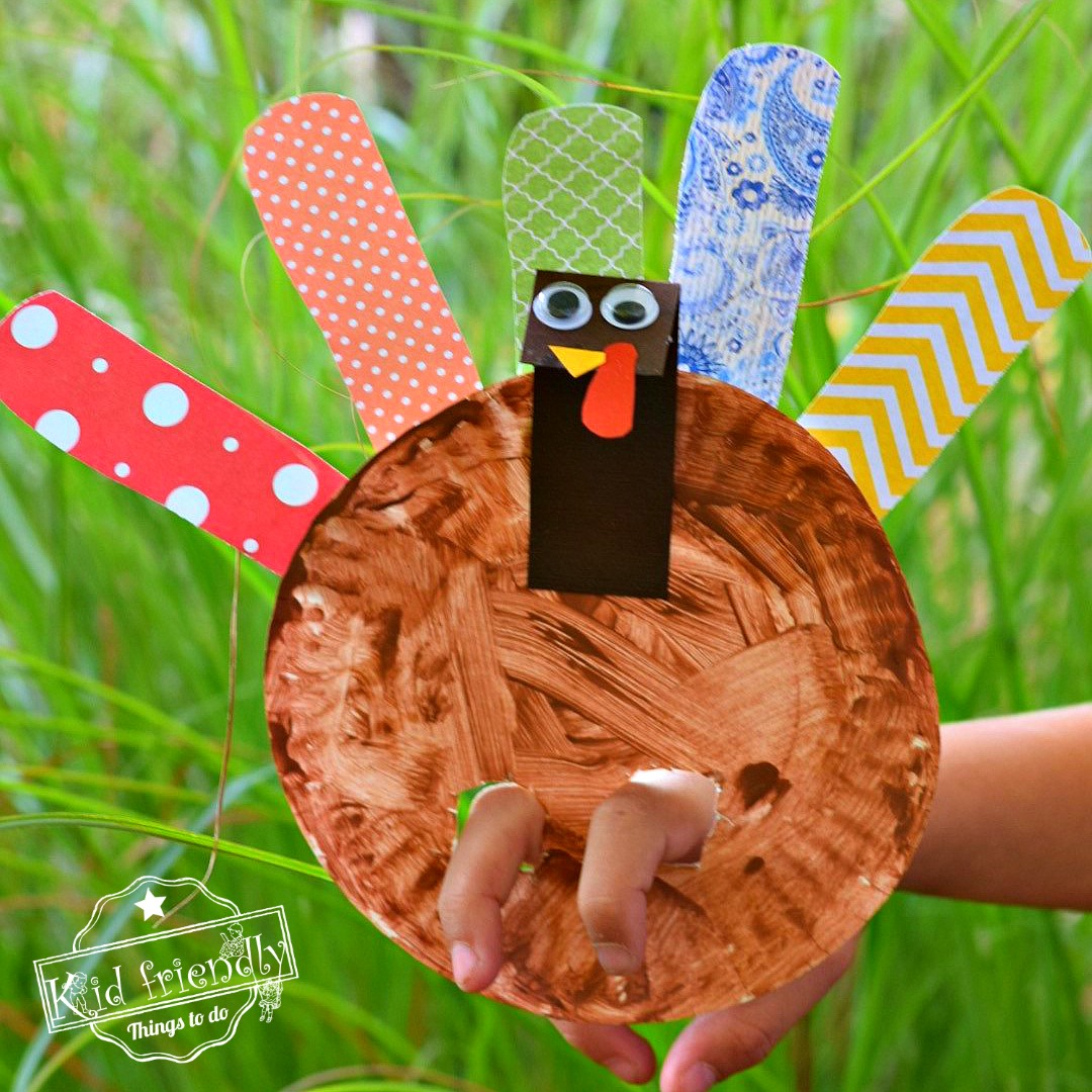 Make A Paper Plate Turkey Puppet for a Thanksgiving Craft with Kids