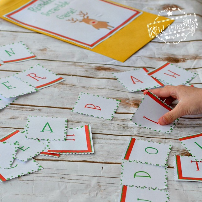 The Reindeer Scramble Game - A Fun Christmas Party Game! - Fun for Classroom, kids, teens and adults. Great family time fun - Plus FREE PRINTABLE www.kidfriendlythingstodo.com