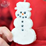 Make Sugar Ornaments With the Kids for a Fun Winter or Christmas Craft - Use cookie cutters to shape a snowflake, snowman Christmas tree and more! perfect for preschool, older kids or adults! www.kidfriendlythingstodo.com