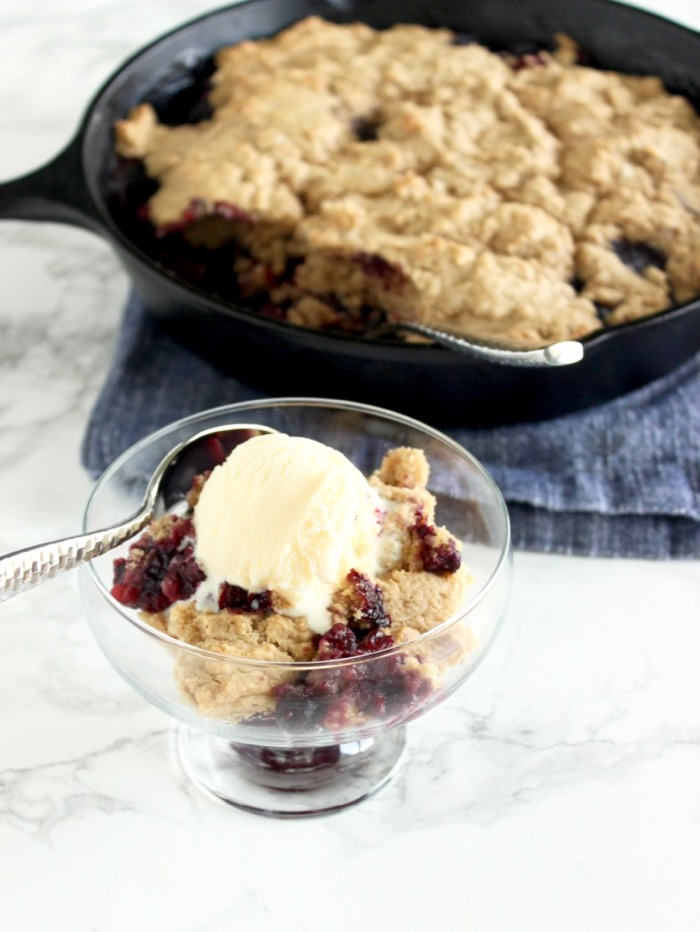 Skillet Blueberry Cobbler with Ice cream