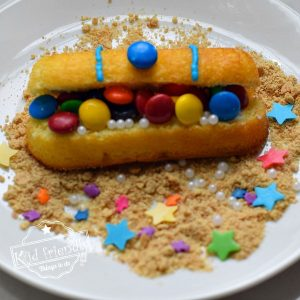 How to make a Hostess Twinkies Treasure Chest Cake