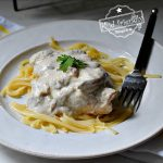 Crock Pot Chicken with sour cream sauce recipe