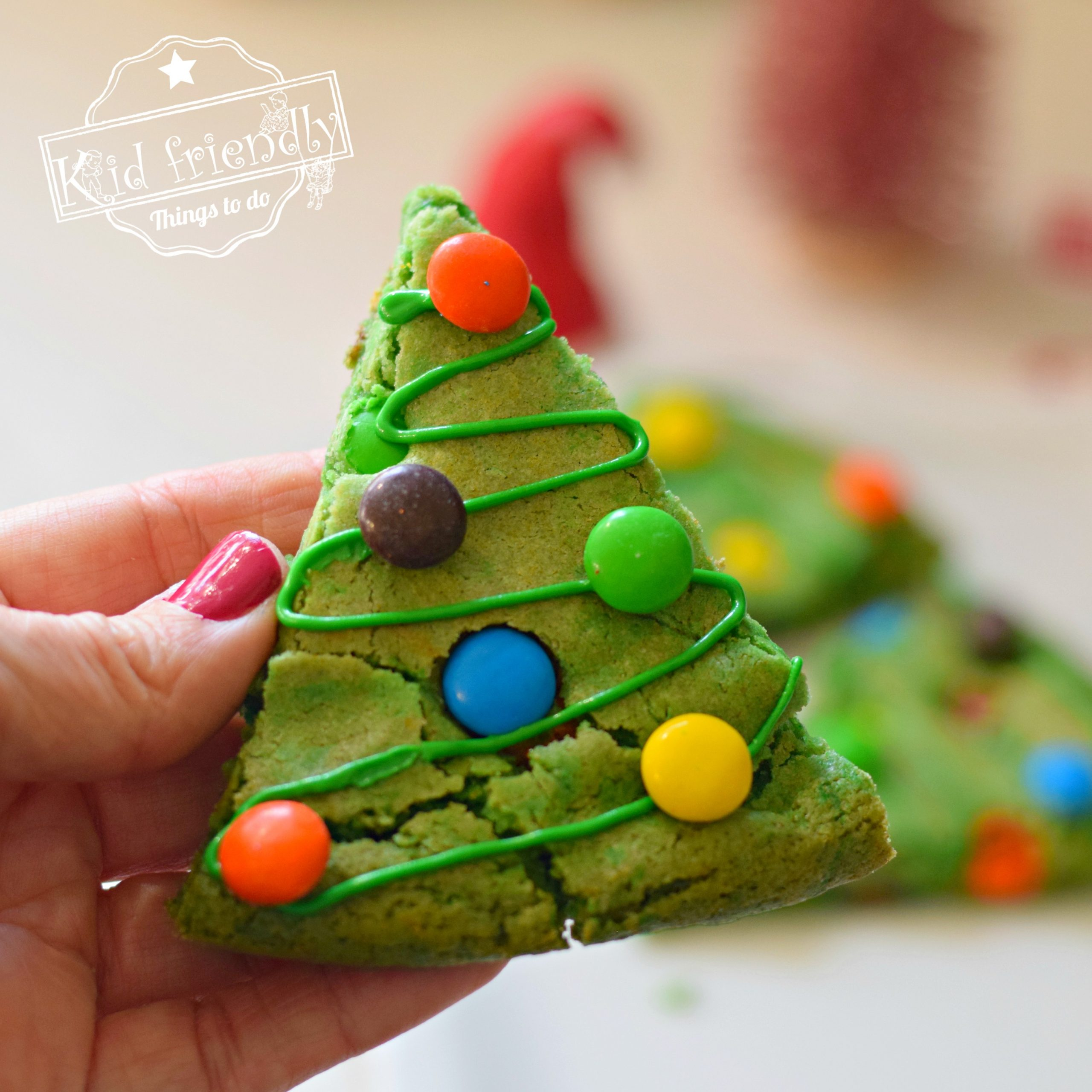 Christmas Tree Shaped Brownies | Kid Friendly Things To Do