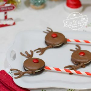 Making Rudolph Oreo Pops