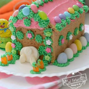 Make an Easter Graham Cracker House | Kid Friendly Things To Do
