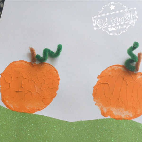 Apple Stamping Pumpkin Craft | Kid Friendly Things To Do