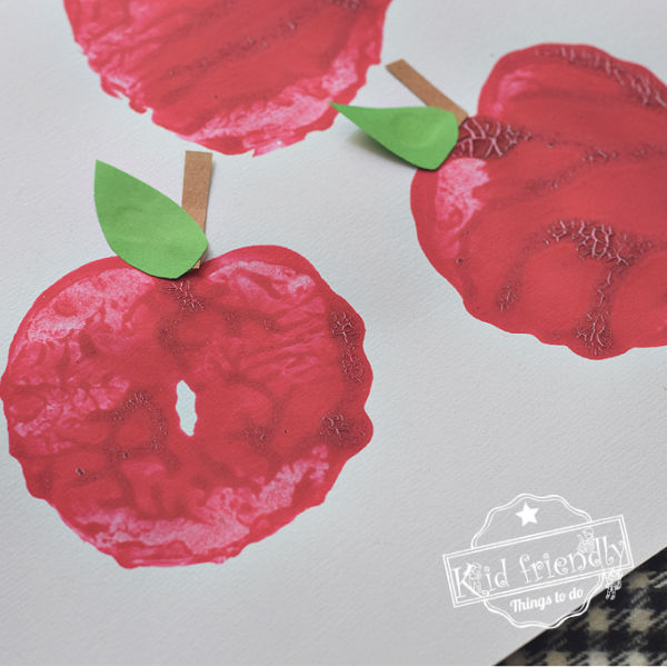 Apple Stamping Activity {Making Apples} | Kid Friendly Things To Do
