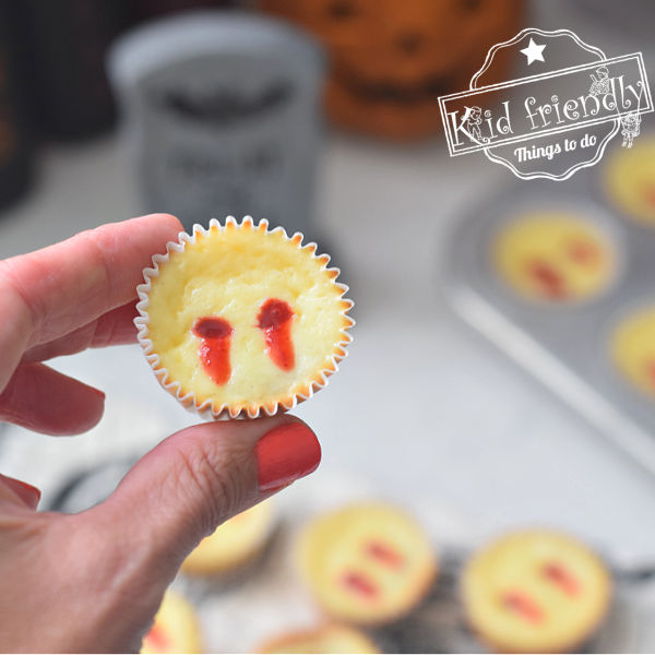 Vampire Cheesecake Bites {A Halloween Vampire Treat} | Kid Friendly Things To Do