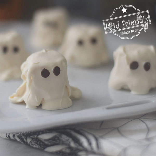 ghost marshmallow Halloween snack