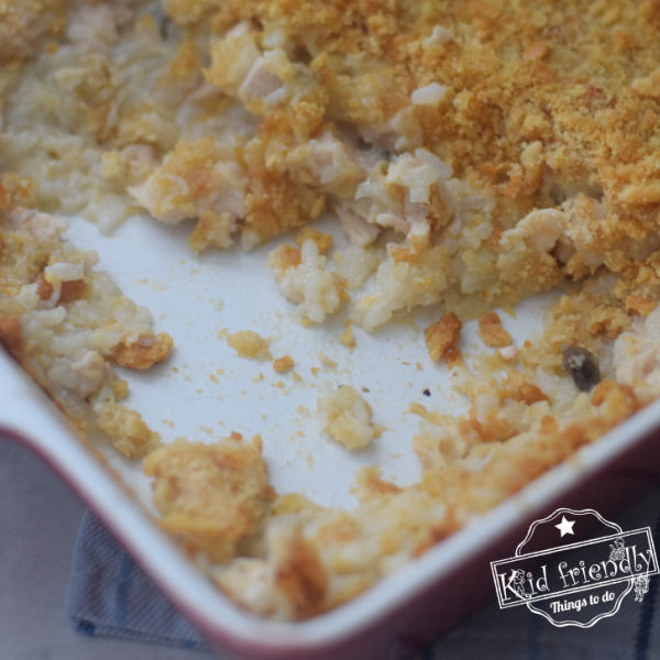 Cheesy Chicken and Rice Casserole {with Ritz Cracker Crust} | Kid Friendly Things To Do