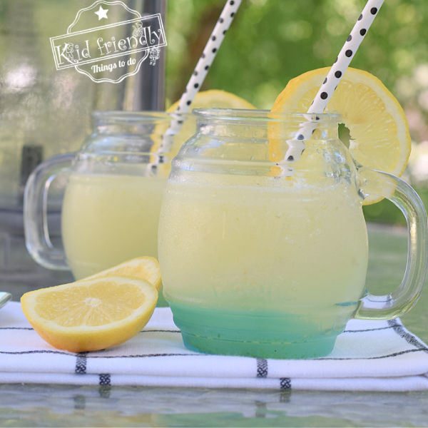frozen lemonade drink