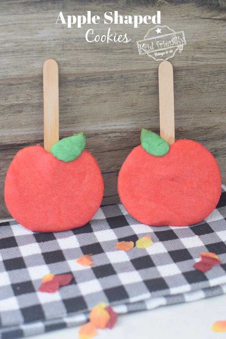 apple shaped sugar cookies