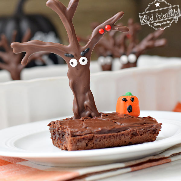 Haunted Forest Halloween Brownies {So Cute!} | Kid Friendly Things To Do