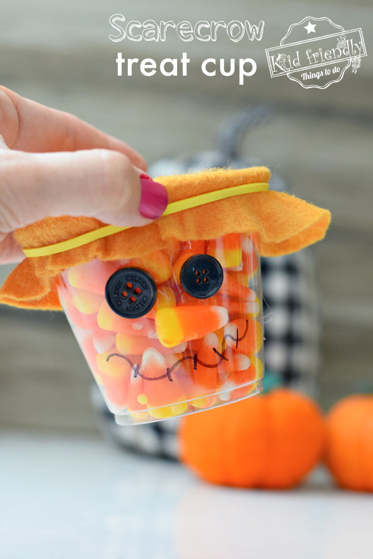 scarecrow treat cup craft for fall